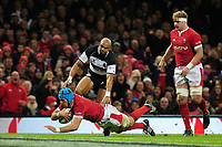 Wales Justin Tipuric has his try disallowed during the International friendly match between Wales and Barbarians at the Principality Stadium in Cardiff, Wales, UK. Saturday 30 November 2019.