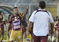 IBAGUÉ -COLOMBIA, 20-06-2013. Charles Monsalvo de Deportes Tolima celebra un gol en contra de Deportivo Pasto durante partido de los cuadrangulares finales, fecha 2, de la Liga Postobón 2013-1 jugado en el estadio Manuel Murillo Toro de la ciudad de Ibagué./ Deportes Tolima player Charles Monsalvo celebrates a goal against Deportivo Pasto during match of the final quadrangular 2th date of Postobon  League 2013-1 at Manuel Murillo Toro stadium in Ibagué city. Photo: VizzorImage/STR