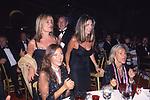 DANIELA SANTANCHE' CON PAOLA FERRARI AL BALLO DELLA CROCE ROSSA - NINFEO DI VALLE GIULIA ROMA 2001