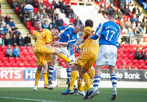 St Johnstone v Motherwell...03.11.12      SPL.Steven Anderson's header is savd by Darren Randolph.Picture by Graeme Hart..Copyright Perthshire Picture Agency.Tel: 01738 623350  Mobile: 07990 594431
