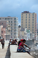Cuba, am Malecon in Habana - Vedado