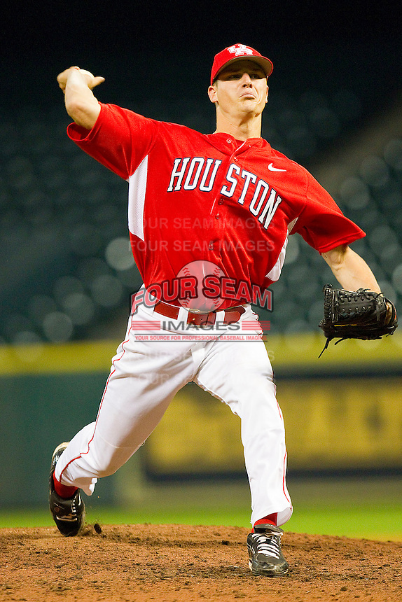 Relief pitcher Dakota Dill #11 of the Houston Cougars in action against the Kentucky Wildcats at Minute Maid Park on March 5, 2011 in Houston, Texas.  Photo by Brian Westerholt / Four Seam Images