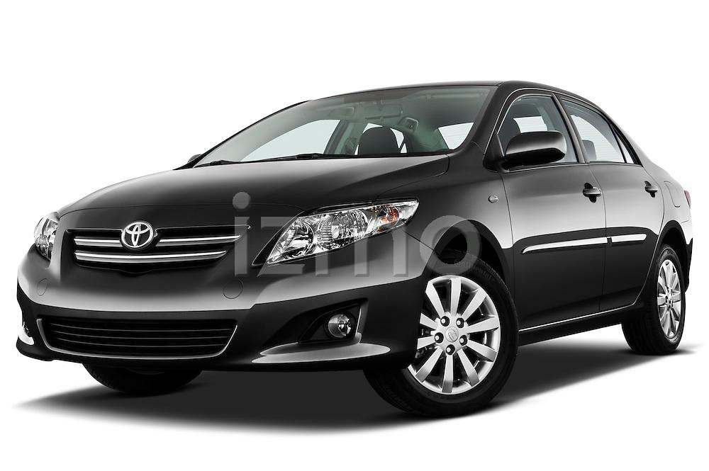 Low aggressive front three quarter view of a 2010 Toyota Corolla Linea Sol 4 Door Sedan.