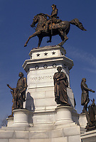 AJ3326, Richmond, Virginia, Washington Monument the Crawford equestrian statue surrounded by figures of Thomas Jefferson, Patrick Henry, John Marshall, Andrew Lewis, and General Thomas Nelson Jr. on Capitol Square in Richmond in the state of Virginia.