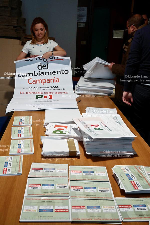 - NAPOLI  15  FEB    2014 -  Primarie  per l'elezione alla segreteria regionale del Pd Campania.  La scelata dei candidati è tra Michele Grimaldi, Guglielmo Vaccaro e Assunta Tartaglione