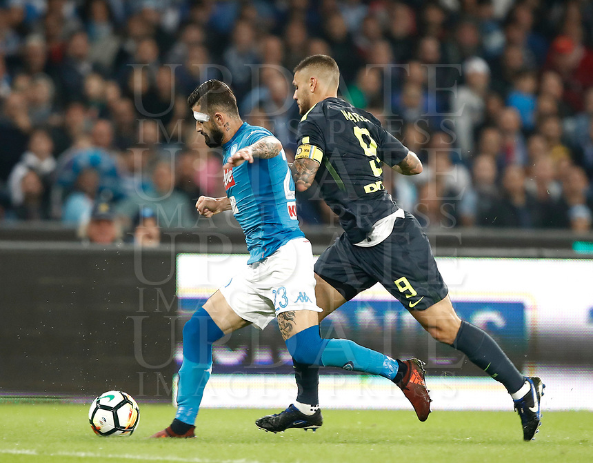 Calcio, Serie A: Napoli, stadio San Paolo, 21 ottobre 2017.<br /> Napoli's Elseid Hysaj (l) in action with Inter's captain Mauro Icardi (r) during the Italian Serie A football match between Napoli and Inter at Napoli's San Paolo stadium, October 21, 2017.<br /> UPDATE IMAGES PRESS/Isabella Bonotto