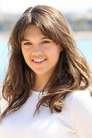 Sabrina Bartlett pose lors du photocall de KNIGHTFALL pendant le MIPTV a Cannes, le mardi 4 avril 2017.