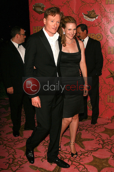 Conan O'Brien and wife Liza<br />at the 2006 HBO Emmy After Party. Pacific Design Center, West Hollywood, CA. 08-27-06<br />Dave Edwards/DailyCeleb.com 818-249-4998