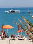 Italien, Marken, Numana: Badestrand an der Riviera del Conero | Italy, Marche, Numana: beach at Riviera del Conero