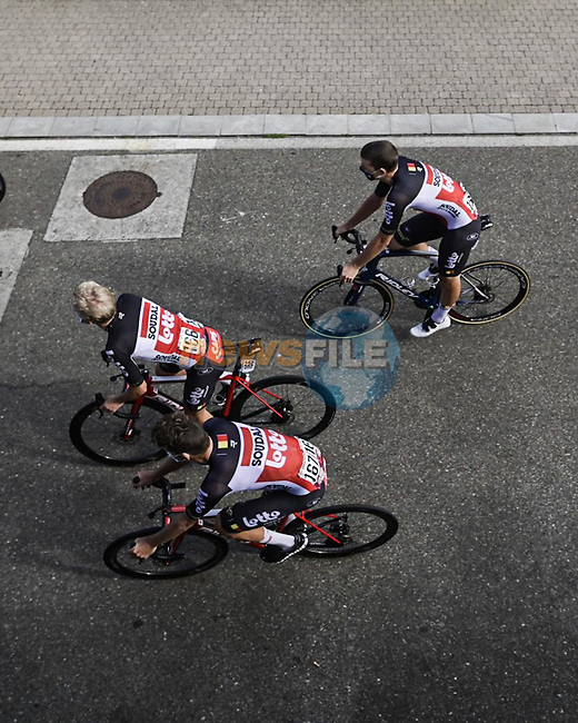Lotto-Soudal riders head to sign on before Stage 20 of La Vuelta d'Espana 2021, running 202.2km from Sanxenxo to Mos, Spain. 4th September 2021.    <br /> Picture: Charly Lopez/Unipublic   Cyclefile<br /> <br /> All photos usage must carry mandatory copyright credit (© Cyclefile   Unipublic/Charly Lopez)