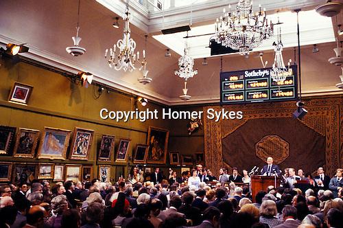 Sothebys auction 1970s, of the Robert Von Hirsch fine art collection sale at their Bond Street London auction house. 1978. Peter Wilson auctioneer chairman UK