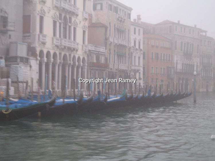 Foggy Morning, Venice