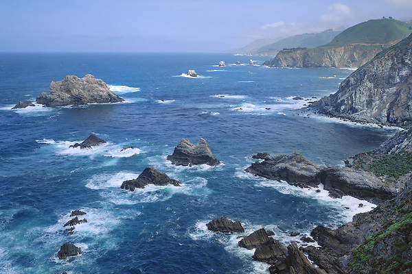 Big Sur Pacific coastline, Garrapata State Park, northern California, USA. John offers private photo tours in Washington and throughout Colorado. Year-round.