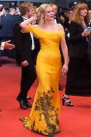 Kirsten Dunst - CANNES 2106 - MONTEE DU FILM 'THE NEON DEMON'