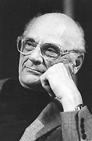 Arthur Miller, è stato un drammaturgo, scrittore, giornalista, sceneggiatore statunitense. È stato una figura di primo piano nella letteratura americana, nel cinema per oltre 61 anni, con ben 5 drammi. Milano, 19 aprile 1988. Photo by Leonardo Cendamo/Gettyimages