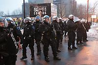 Affrontements entre policiers et etudiants lors du Sommet sur l'education, 11 fevrier 2013<br /> <br /> PHOTO :   AGENCE QUEBEC PRESSE