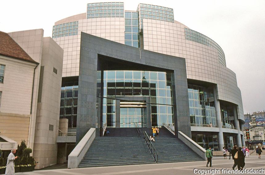 Paris: Opera de la Bastille, 1989. Architect Carlos Ott, winner of competition. Photo '90.