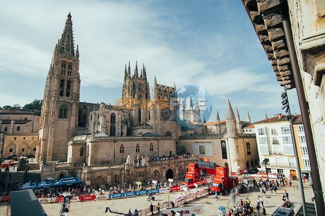 Burgos Cathedral start point for Stage 1 of La Vuelta d'Espana 2021, a 7.1km individual time trial around Burgos, Spain. 14th August 2021.    <br /> Picture: Cxcling | Cyclefile<br /> <br /> All photos usage must carry mandatory copyright credit (© Cyclefile | Cxcling)