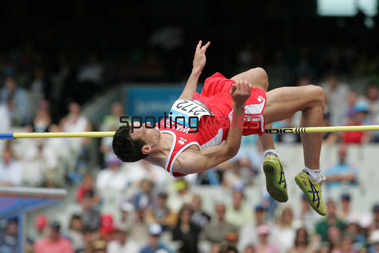 Robert Mitchell.Commonwealth Games Athletics.Qualifying Men's High Jump.Melbourne Cricket Ground MCG.Melbourne.20.03.06.©Steve Pope.Steve Pope Photography.The Manor .Coldra Woods.Newport.South Wales.NP18 1HQ.07798 830089.01633 410450.steve@sportingwales.com.