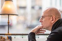 """Der Regisseur Matti Geschonneck am Donnerstag den 27. Februar 2020 im epd-Interview.<br /> Seine neueste Regiearbeit, die Verfilmung des Roman """"Unterleuten"""" von Juli Zeh, laeuft ab Maerz 2020 als Dreiteiler im Zweiten Deutschen Fernsehen unter dem Titel """"Unterleuten - Das zerrissene Dorf"""".<br /> 27.2.2020, Berlin<br /> Copyright: Christian-Ditsch.de<br /> [NUR FUER REDAKTIONELLE ZWECKE! Werbung nur auf Anfrage beim Fotografen. Inhaltsveraendernde Manipulation des Fotos nur nach ausdruecklicher Genehmigung des Fotografen. Vereinbarungen ueber Abtretung von Persoenlichkeitsrechten/Model Release der abgebildeten Person/Personen liegen nicht vor. NO MODEL RELEASE! Don't publish without copyright Christian-Ditsch.de, Veroeffentlichung nur mit Fotografennennung, sowie gegen Honorar, MwSt. und Beleg. Konto: I N G - D i B a, IBAN DE58500105175400192269, BIC INGDDEFFXXX, Kontakt: post@christian-ditsch.de<br /> Bei der Bearbeitung der Dateiinformationen darf die Urheberkennzeichnung in den EXIF- und  IPTC-Daten nicht entfernt werden, diese sind in digitalen Medien nach §95c UrhG rechtlich geschuetzt. Der Urhebervermerk wird gemaess §13 UrhG verlangt.]"""