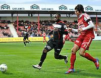 KV Kortrijk - Standard : Reginal Goreux en Pablo Chavarria samen naar de bal..foto VDB / BART VANDENBROUCKE