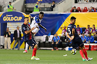 Harrison, NJ - Friday July 07, 2017: Romell Quioto, Alberth Elis during a 2017 CONCACAF Gold Cup Group A match between the men's national teams of Honduras (HON) vs Costa Rica (CRC) at Red Bull Arena.