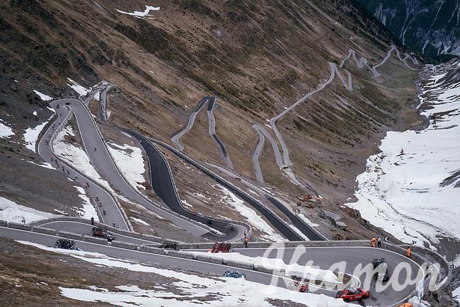 peloton going down the Passo dello Stelvio (alt: 2758m) into Switzerland<br /> <br /> Stage 16: Rovett › Bormio (222km)<br /> 100th Giro d'Italia 2017