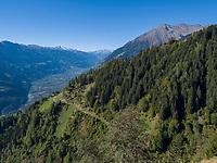 Meraner Höhenweg, Algund bei Meran, Region Südtirol-Bozen,  Italien, Europa<br /> Hiking trail, Merano High Route, Lagundo near Merano, Region South Tyrol-Bolzano, Italy, Europe