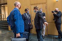 """Konstituierung des 3. Untersuchungsausschusses der 19. Wahlperiode (""""Wirecard"""") am <br /> Donnerstag den 8. Oktober 2020.<br /> Nach dem Zusammenbruch des Finanzunternehmens Wirecard hatten die Mitglieder des Deutschen Bundestag die Einsetzung des Wirecard-Untersuchungsausschuss beschlossen. Bundestagspraesident Wolfgang Schaeuble eroeffnete die konstituierende Sitzung.<br /> Im Bild Mitglieder der rechtsnationalistischen Partei """"Alternative fuer Deutschland"""" vlnr.: Joern Koenig Kay Gottschalkund der Geschaeftsfuehrer seiner Partei, Bernd Baumann nach der Ausschusssitzung. Gottschalk wurde mit 4 Gegenstimmen von den Ausschussmitgliedern zum Vorsitzenden gewaehlt.<br /> 8.10.2020, Berlin<br /> Copyright: Christian-Ditsch.de"""