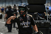 Verizon IndyCar Series<br /> Indianapolis 500 Carb Day<br /> Indianapolis Motor Speedway, Indianapolis, IN USA<br /> Friday 26 May 2017<br /> James Hinchcliffe, Schmidt Peterson Motorsports Honda crew during the pit stop competition<br /> World Copyright: Scott R LePage<br /> LAT Images<br /> ref: Digital Image lepage-170526-indy-9326