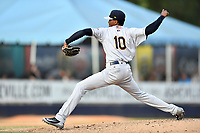 Charleston RiverDogs starting pitcher Alexander Vizcaino (10) delivers a pitch during a game against the Asheville Tourists at McCormick Field on May 23, 2019 in Asheville, North Carolina. The RiverDogs defeated the Tourists 7-5. (Tony Farlow/Four Seam Images)