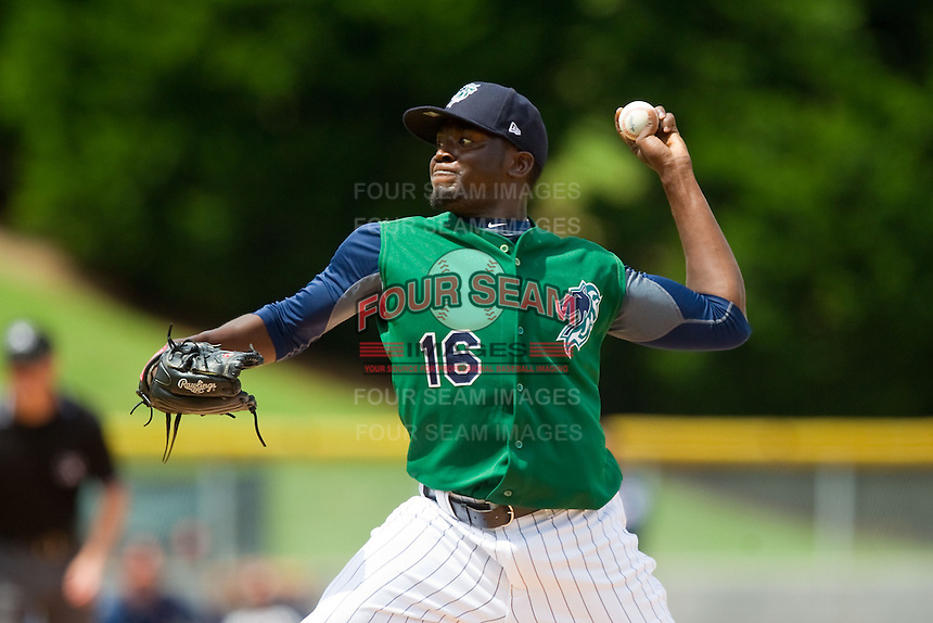 Charlotte Knights relief pitcher Leyson Septimo (16) in action against the Durham Bulls at Knights Stadium on August 18, 2013 in Fort Mill, South Carolina.  The Bulls defeated the Knights 8-5 in Game One of a double-header.  (Brian Westerholt/Four Seam Images)