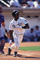 1997: Gary Matthews,jr. of the Rancho Cucamonga Quakes in action during the 1997 season in Rancho Cucamonga,CA.  Photo by Larry Goren/Four Seam Images