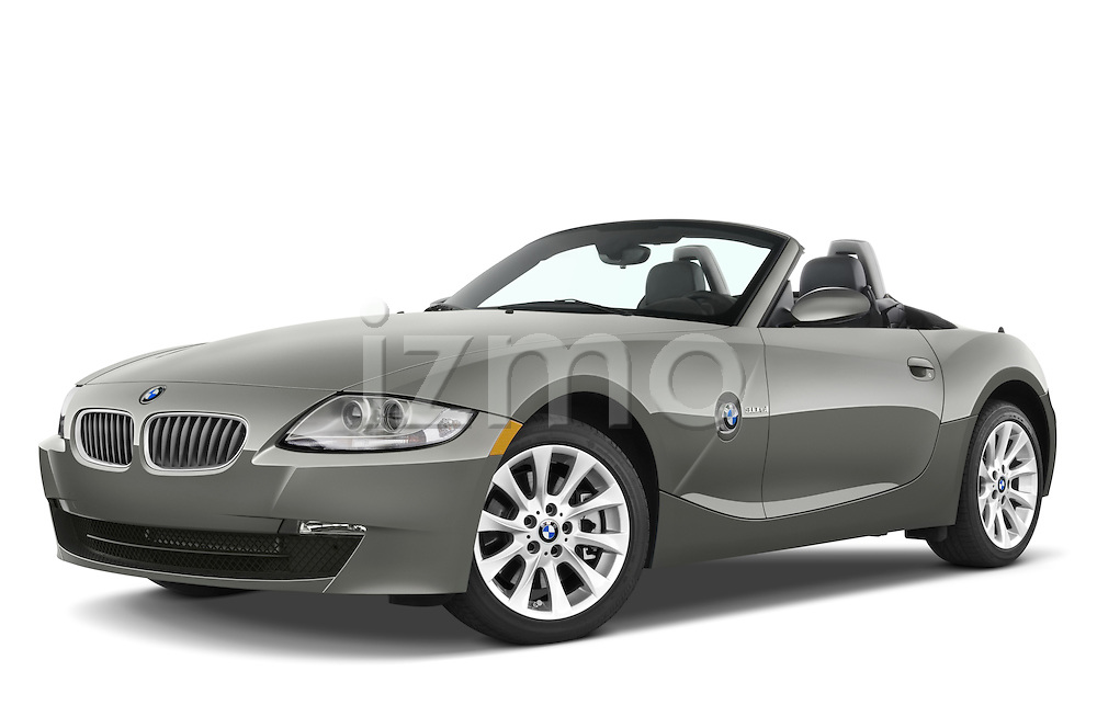 Low aggressive front three quarter view of a 2008 BMW Z4 Roadster with the top down