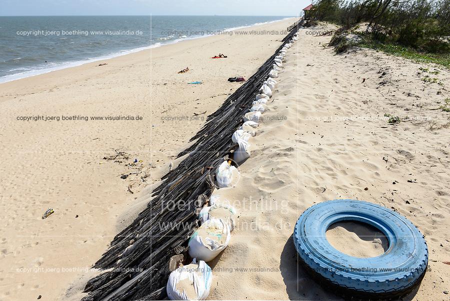 MOZAMBIQUE, Beira, indian ocean and beach
