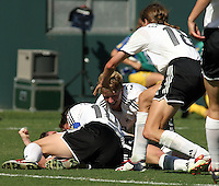 Germany celebrates, Germany 2-1 over Sweden at the  WWC 2003 Championships.