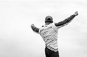 #10: Alex Palou, Chip Ganassi Racing Honda celebrates winning