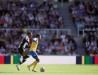 28th August 2021; St James Park, Newcastle upon Tyne, England; EPL Premier League football, Newcastle United versus Southampton; Kyle Walker-Peters of Southampton shielding the ball from Joe Willock of Newcastle United