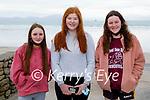 Enjoying a stroll on Ballyheigue beach on Saturday, l to r: Lauren Garcia, Samantha Fitzgerald and Maggie Stack.