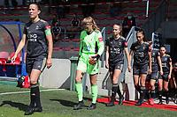 OHL players (left to right Lenie Onzia (18),  goalkeeper Faye Lammertijn (22), Sari Kees (2), Amber Tysiak (3), Zenia Mertens (6) and Jill Janssens (7) walk onto the pitch before a female soccer game between Standard Femina de Liege and Oud Heverlee Leuven on the second matchday of the 2020 - 2021 season of Belgian Scooore Women s SuperLeague , saturday 5 th of September 2020  in Angleur , Belgium . PHOTO SPORTPIX.BE | SPP | SEVIL OKTEM