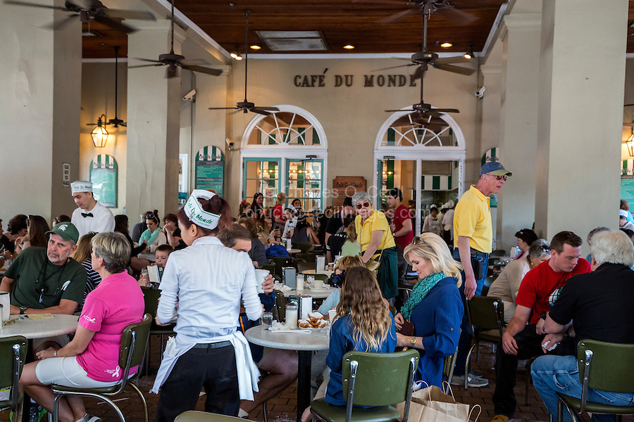 French Quarter, New Orleans, Louisiana.  Cafe du Monde, famous for its coffee and beignets.