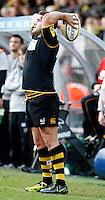 Photo: Richard Lane/Richard Lane Photography. London Wasps v London Irish. 02/03/2012. Wasps' Rob Webber throws in.
