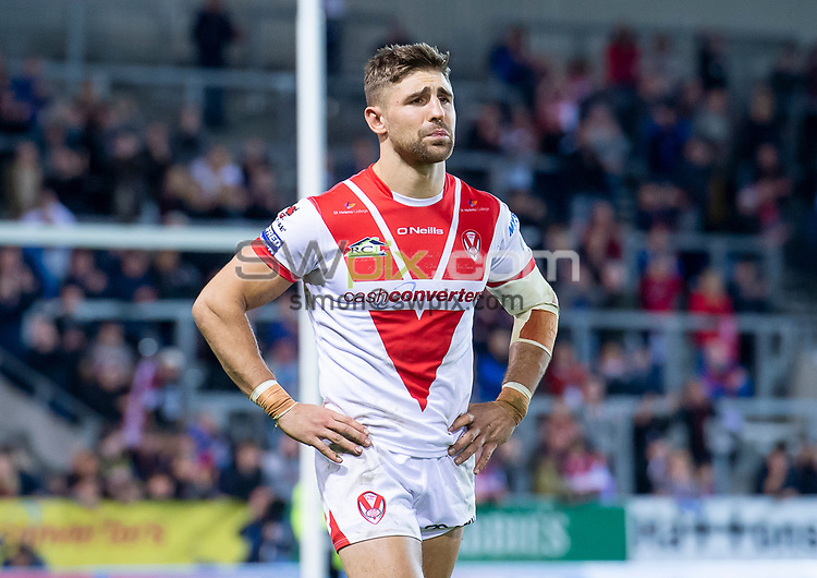 Picture by Allan McKenzie/SWpix.com - 04/10/2018 - Rugby League - Betfred Super League - The Super 8's - St Helens v Warrington Wolves - The Totally Wicked Stadium, Langtree Park, St Helens, England - St Helens' Tommy Makinson dejected as his side slips to defeat against Warrington.