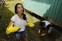 """Belém, Pará, Brasil, Cidade. Retranca:  CATAMOR/ NA MARÉ - Luana Lopes, 20 anos (Universitária). Gancho: A Associação Amigos de Belém promove um grande mutirão de limpeza que ocorrerá na ilha do Combu, no restaurante Na Maré, e dia 16 no Marajó, na cidade de Joanes. Todos os resíduos recolhidos serão encaminhados para o """"Reciclômetro"""", que vai mensurar a quantidade de material recolhido nas áreas de atuação. As atividades serão realizadas com o apoio de 40 voluntários.. LocaL: Ilha do Combú. Data: 15-06-2019. Foto: Mauro Ângelo/ Diário do Pará."""