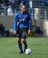 24 October 2004:  Craig Waibel of Earthquakes in action against Wizards at Spartan Stadium in San Jose, California.   Earthquakes defeated Wizards, 2-0.  Credit: Michael Pimentel / ISI