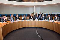 """Am Montag den 14. Mai 2018 wurde in der 10. Sitzung des Ausschuss fuer Recht und Verbraucherschutz des Deutschen Bundestag in einer oeffentlichen Anhoerung ueber einen Gesetzentwurf der Fraktionen der CDU/CSU und SPD """"Entwurf eines Gesetzes zur Aenderung des Gesetzes, betreffend die Einfuehrung der Zivilprozessordnung"""" beraten.<br /> Im Bild die Experten, welche den Ausschuss beraten sollen, sitzend vlnr.: Prof. Dr. Reinhard Greger, Richter am Bundesgerichtshof a. D., Universitaetsprofessor i. R. Friedrich-Alexander Universitaet Erlangen-Nuernberg; Prof. Dr. Christian Heinze, LL.M. (Cambridge), Gottfried Wilhelm Leibniz-Universitaet Hannover, Institut fuer Rechtsinformatik, Lehrstuhl fuer Buergerliches Recht und Immaterialgueterrecht, insbesondere Patent- und Markenrecht, Dr. Peter Kiess, Vorsitzender Richter am Landgericht Dresden; Bettina Limperg, Praesidentin des Bundesgerichtshofs, Karlsruhe; Dr. Bernd Pickel, Praesident des Kammergerichts Berlin; Dr. Michael Schultz, Schultz & Schott, Rechtsanwaelte beim Bundesgerichtshof, Karlsruhe; Wolfgang Schwackenberg, Deutscher Anwaltverein e. V., Berlin, Vorsitzender des Ausschusses Familienrecht, Rechtsanwalt und Notar; Bernhard Thurn, Praesident des Oberlandesgerichts Zweibruecken; Prof. Dr. Gerhard Wagner, Humboldt-Universitaet zu Berlin, Juristische<br /> Fakultaet, Lehrstuhl für Buergerliches Recht, Wirtschaftsrecht und Oekonomik.<br /> 14.5.2018, Berlin<br /> Copyright: Christian-Ditsch.de<br /> [Inhaltsveraendernde Manipulation des Fotos nur nach ausdruecklicher Genehmigung des Fotografen. Vereinbarungen ueber Abtretung von Persoenlichkeitsrechten/Model Release der abgebildeten Person/Personen liegen nicht vor. NO MODEL RELEASE! Nur fuer Redaktionelle Zwecke. Don't publish without copyright Christian-Ditsch.de, Veroeffentlichung nur mit Fotografennennung, sowie gegen Honorar, MwSt. und Beleg. Konto: I N G - D i B a, IBAN DE58500105175400192269, BIC INGDDEFFXXX, Kontakt: post@christian-ditsch.de<br /> Bei der Bearb"""