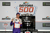 #11: Denny Hamlin, Joe Gibbs Racing, Toyota Camry FedEx Express in victory lane