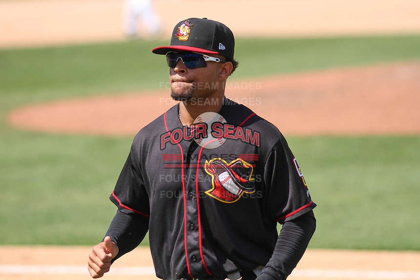 Quad Cities River Bandits outfielder Jason Martin (16) during a game against the Wisconsin Timber Rattlers on May 2nd, 2015 at Fox Cities Stadium in Appleton, Wisconsin.  Quad Cities defeated Wisconsin 5-2.  (Brad Krause/Four Seam Images)