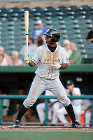 Bowling Green Hot Rods outfielder Andrew Toles (1) during a game against the South Bend Silver Hawks on August 20, 2013 at Stanley Coveleski Stadium in South Bend, Indiana.  Bowling Green defeated South Bend 3-2.  (Mike Janes/Four Seam Images)