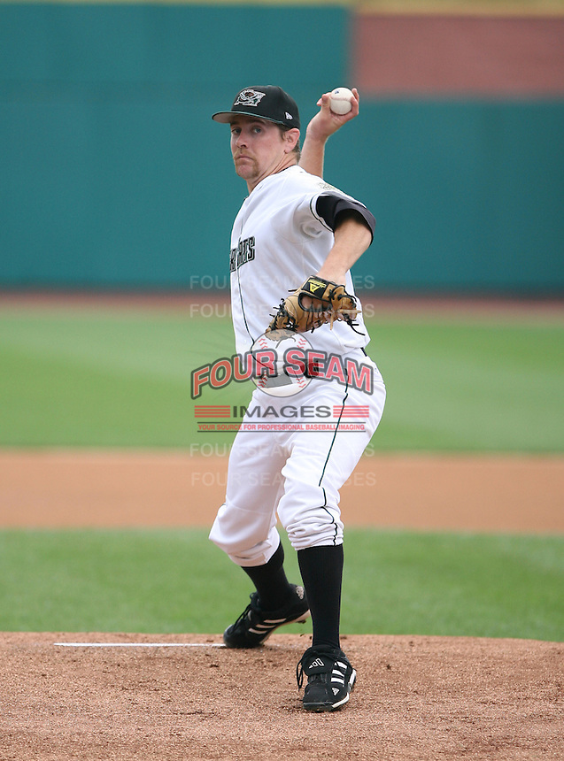 2007:  Kyle Yates of the New Hampshire Fisher Cats, Class-AA affiliate of the Toronto Blue Jays, during the Eastern League baseball season.  Photo by Mike Janes/Four Seam Images